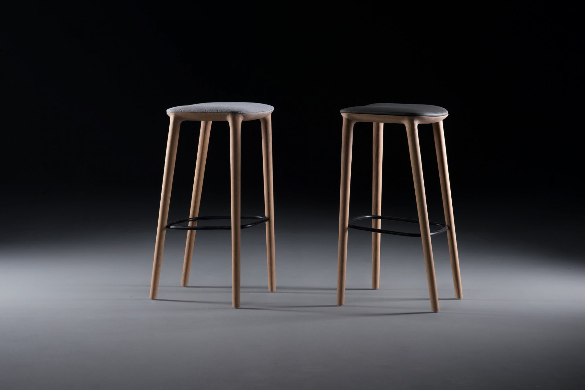 Insight-Neva-Bar-Chair4