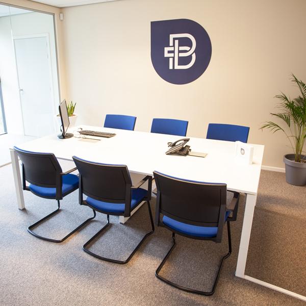 Bofizon vergaderruimte viasit bezoekersstoel Insight realisatie