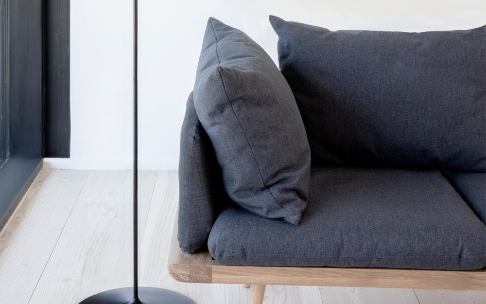 Lean back lounge around sofa Umage