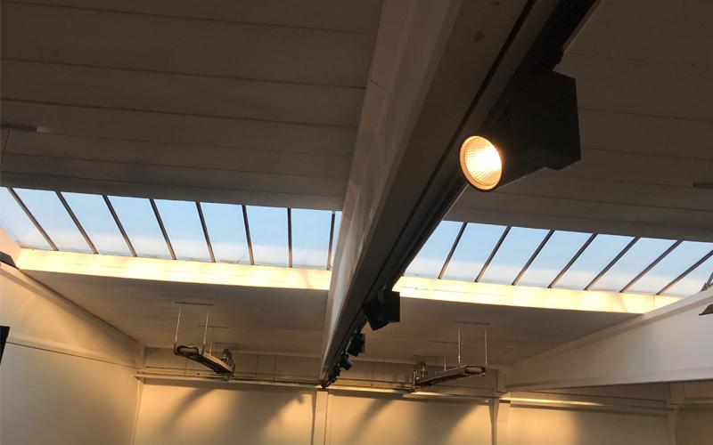 Insight showroom tijdens verbouwing verlichting Zeilstraat Hasselt
