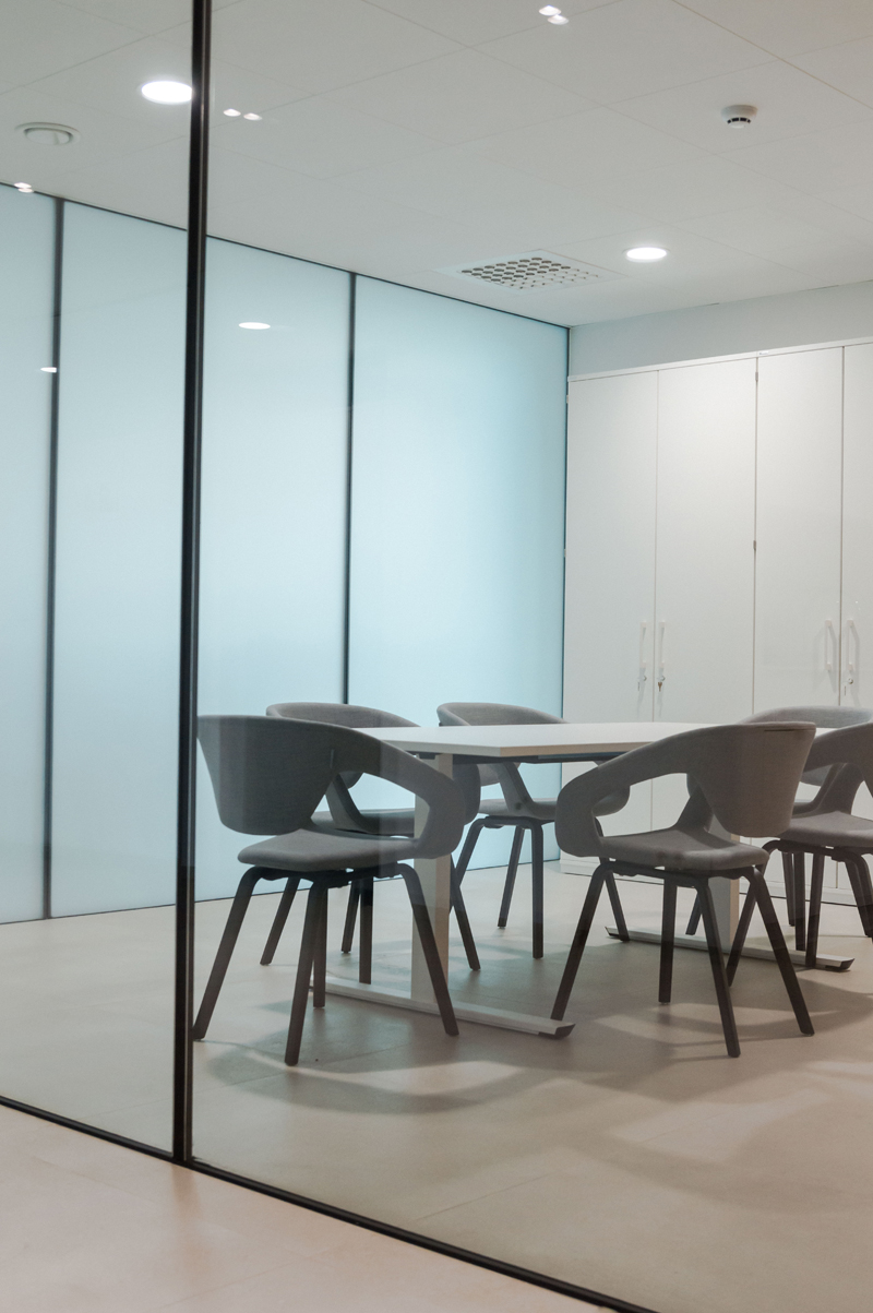 Glas Ceyssens Insight Office realisatie Flexback Zuiver