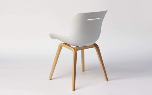 Toon side chair wood