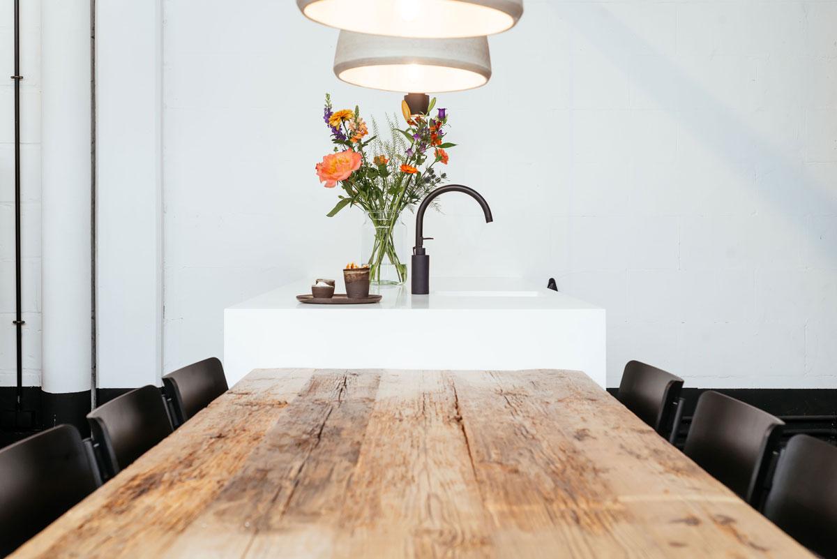 Showroom insight projects - keukeninrichting, maatwerk, verlichting, meubilair